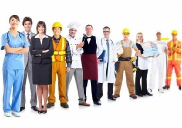 Определены 10 самых востребованных профессий в России